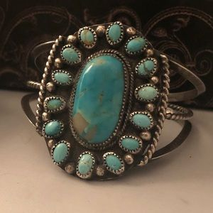 SPECTACULAR vintage SS/Turquoise Navajo cuff